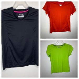 3 Women's Xersiom Large V Neck Shirts